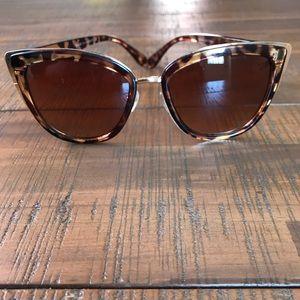 Accessories - Tortoise Cat Eye Sunglasses